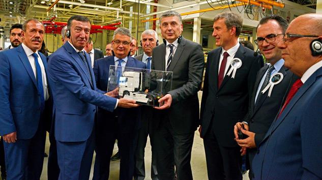 Mercedes Benz Türk Aksaray'dan Dünyaya AR-GE Hizmeti Verecek
