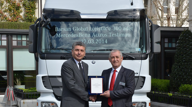 Mercedes-Benz-Türk'ten-Barsan-Global-Lojistik'e-300-adet-Actros-teslimati-(5)