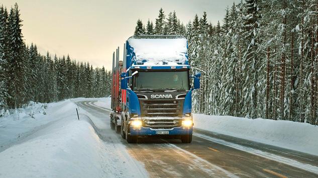 Scania'dan Yeni Teknolojilerini Karlı Yollarda Tanıttı