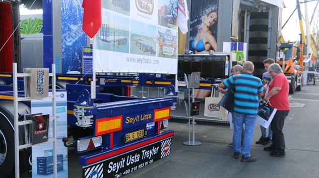 Seyit Usta IAA'da Konteyner Taşıyıcı Ürünleriyle IAA'da