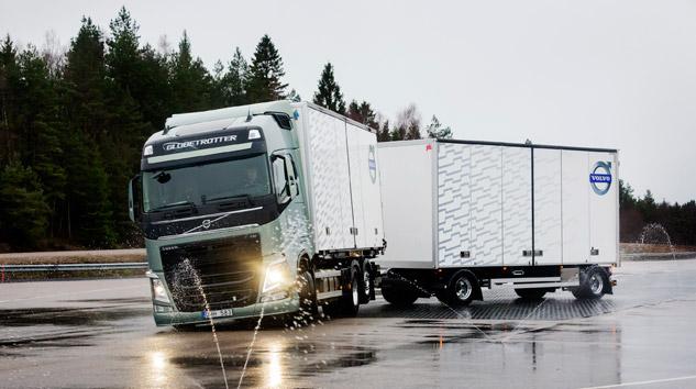 Volvo'dan Treylerle Entegre Çalışan Fren Sistemi