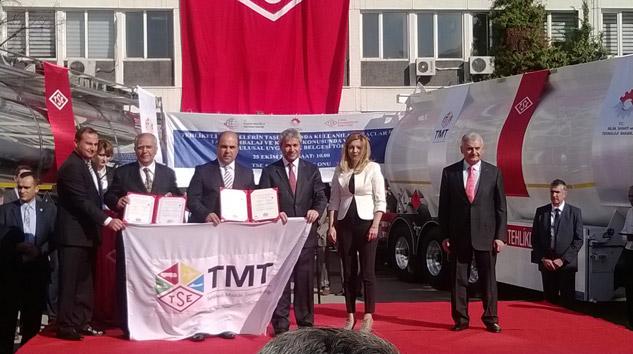 TSE'den Otokar'a Üretim Yeri Uygunluk ve Tasarım Onay Sertifikası